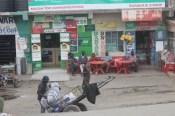 Street scene on the outskirts of Nairobi