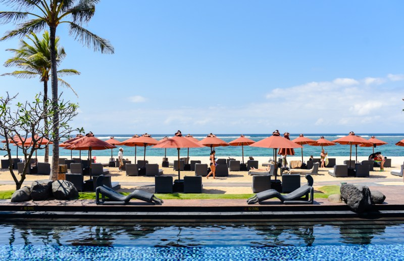 astor-diamond-champagne-sunday-brunch-st-regis-bali-14