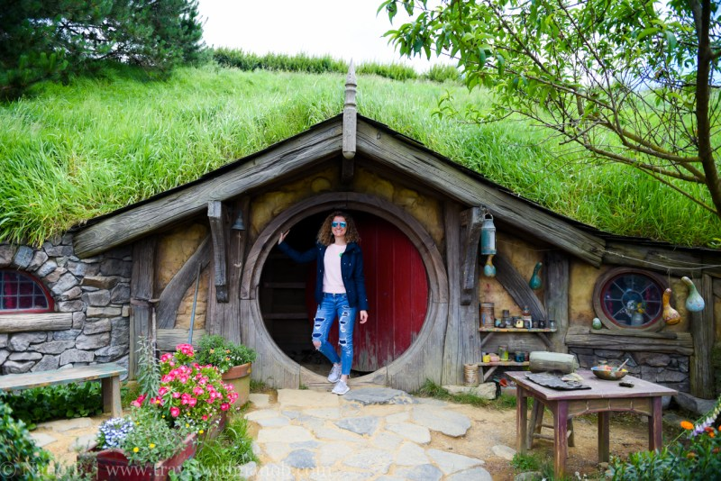 hobbiton-tour-auckland-new-zealand-20