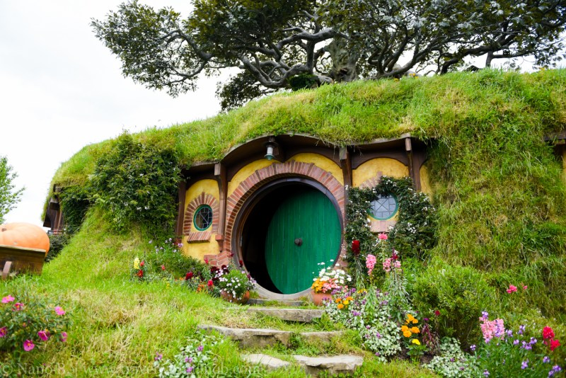 hobbiton-tour-auckland-new-zealand-24