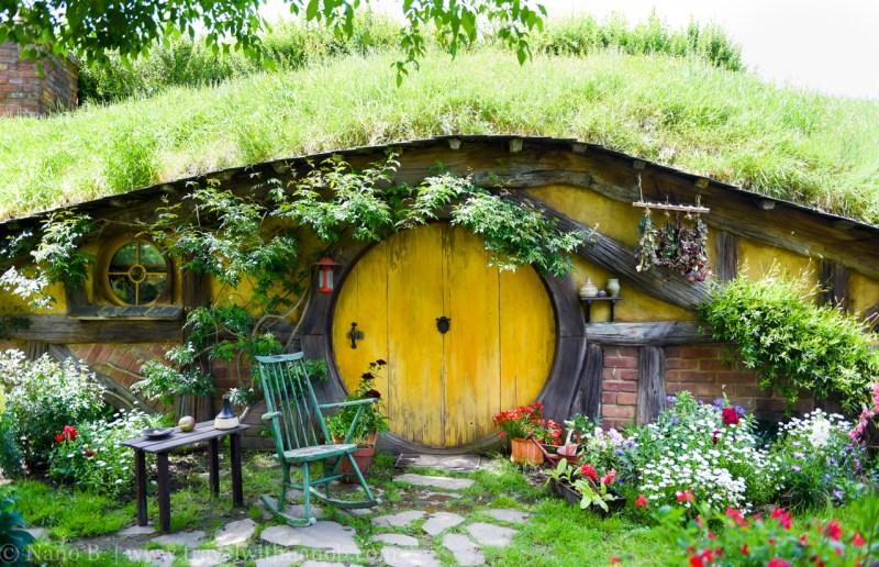 hobbiton-tour-auckland-new-zealand-5