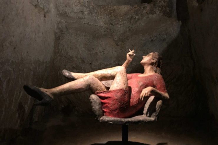 Smoking woman in Matera museum