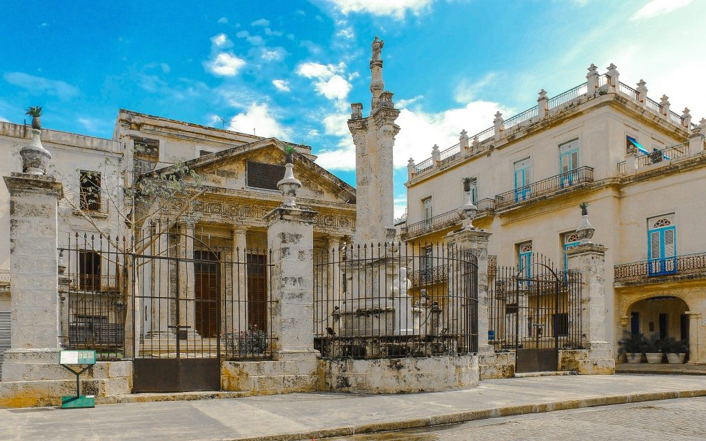 the colonial buildings of Old Havana