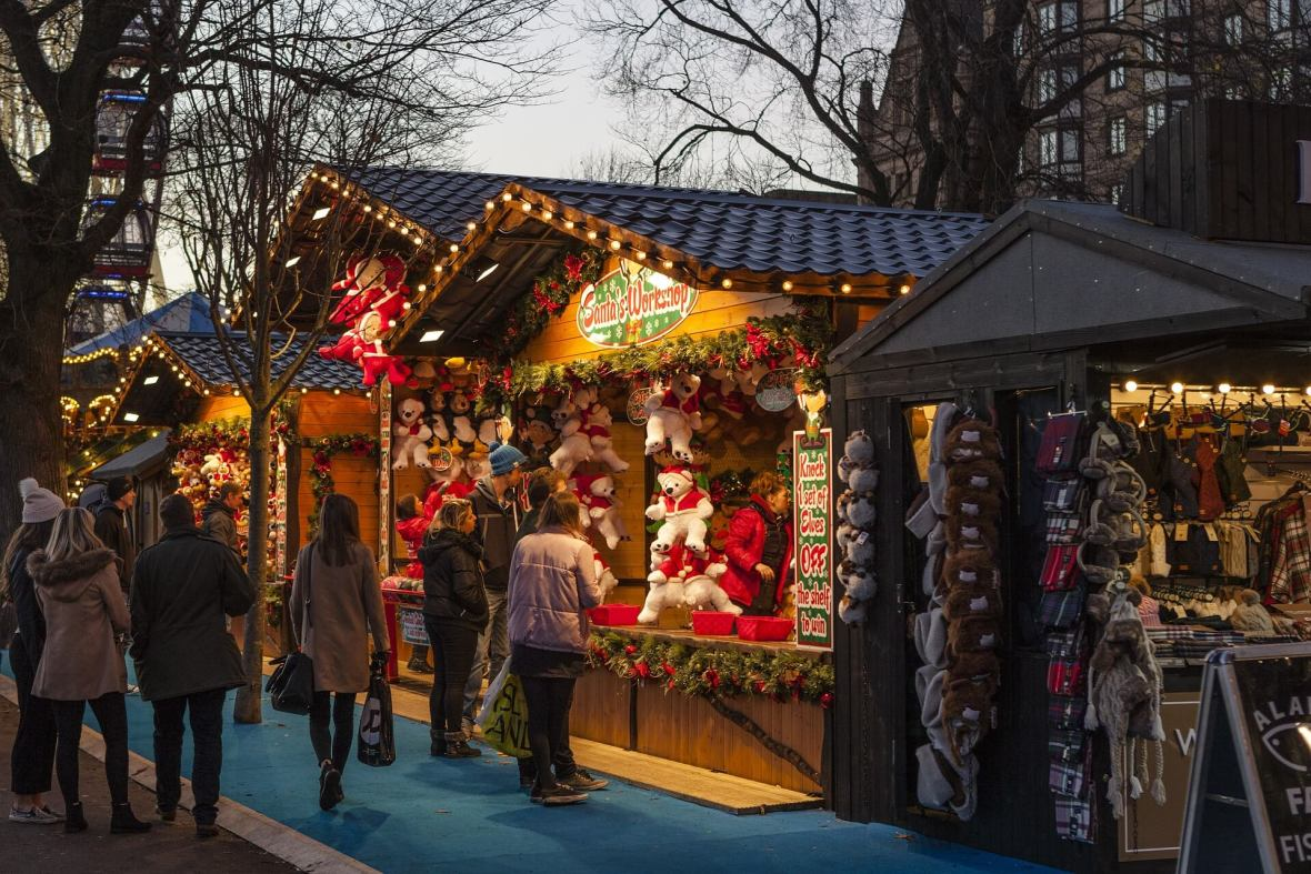 Christmas markets pop up in New York City for the hoidays