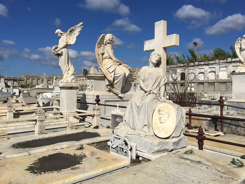 La Reina, one of the great historical cemeteries