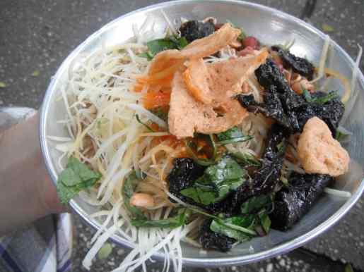 Vietnamese street food saigon green papaya salad