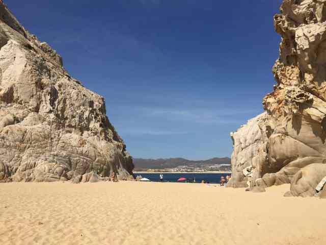 Cabo San Lucas, Lovers Beach