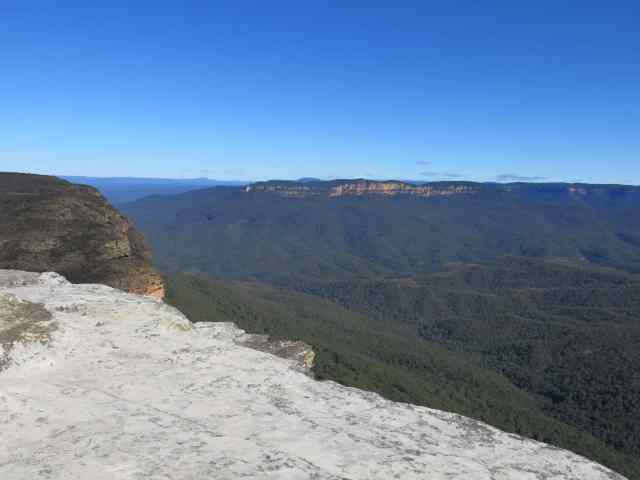 empty nest travel, blue mountains, australia