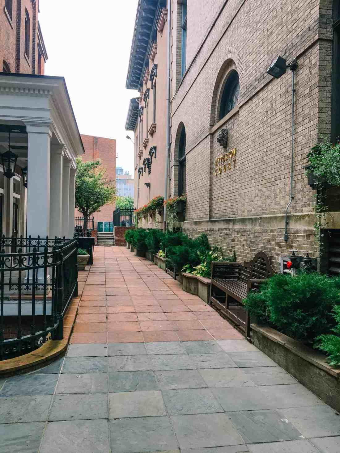 new haven alleyway