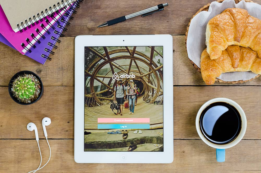 How to Use Airbnb (Tips for Renters) – Travels With The Crew