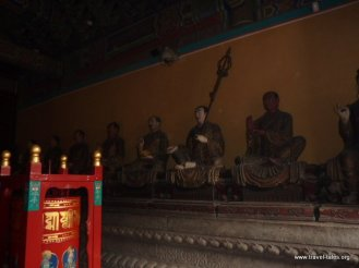 06-16 Lama Temple wise men