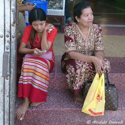 Dress Code for Women in Myanmar - Travel Tales from India ...