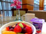 Hotel Giraffe breakfast