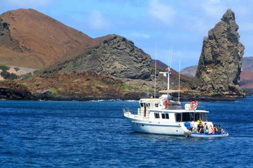 Boat day trips on Galapagos