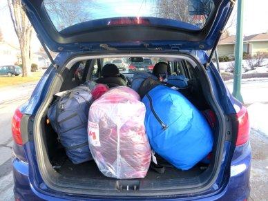image refugee's belongings