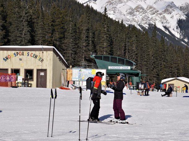 Adult ski lessons Mount Norquay