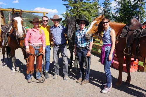 horseback riding banff