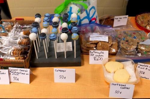 Cake pops bake sale fundraiser