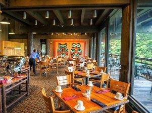 Glacier Bay Lodge Fairweather restaurant