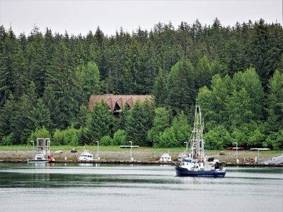 Glacier Bay Lodge from boat