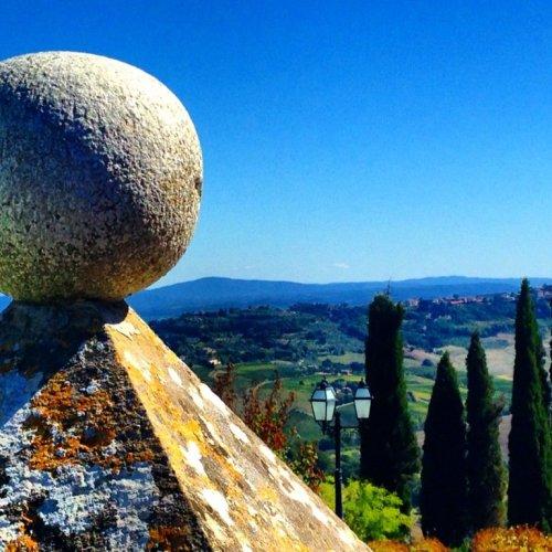 montefollocino Italy hill town
