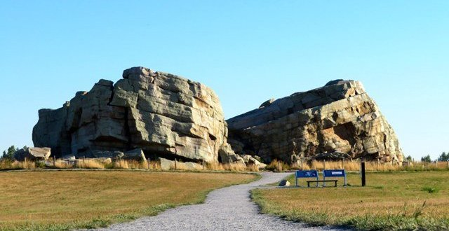 Okotoks Big Rock