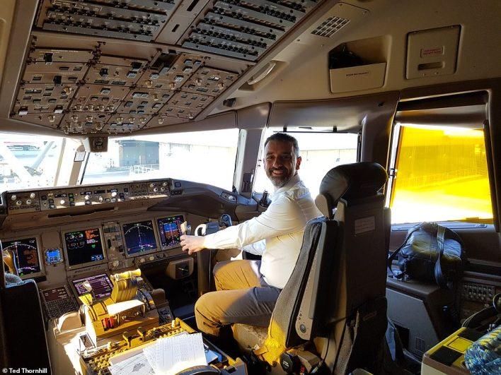 بالصور : مقصورة درجة رجال الاعمال في اكبر شركة طيران بالعالم 3