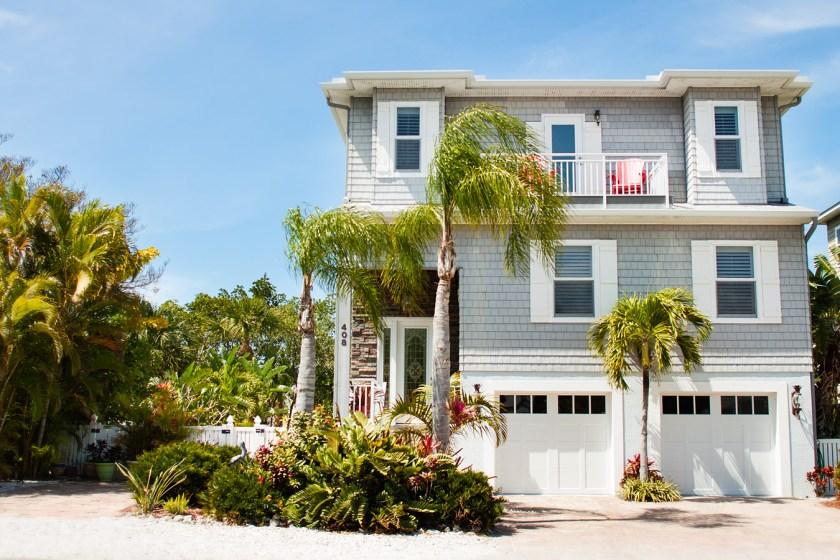 Pine Ave in Anna Maria Island, FL