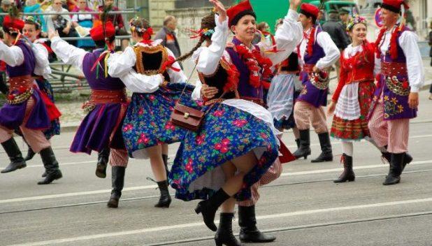 oktoberfest street celebrations