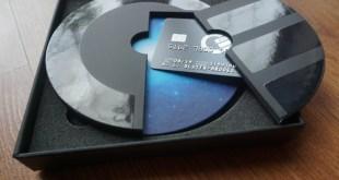 Curve card hidden compartment