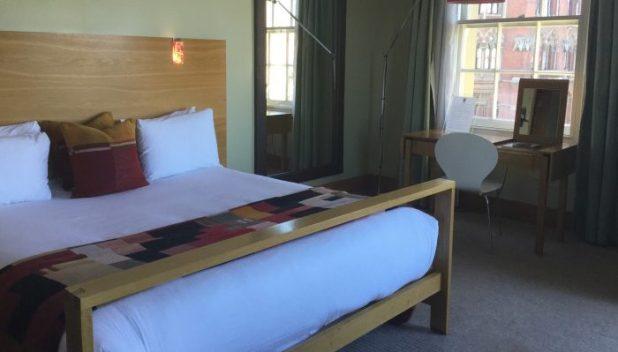 Megaro hotel room