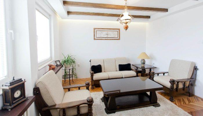 skopje-apartment-living area