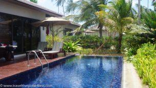 Residence Zanzibar Oeanview villa pool by day