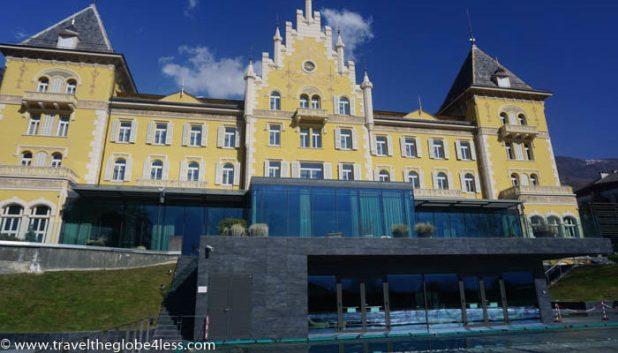Grand Hotel Billia exterior
