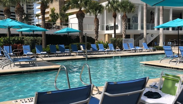 Pool at the Marriott Crystal shores p