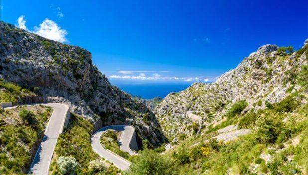 roads into Sa Calobra