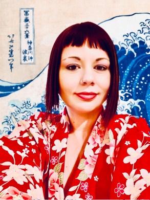 marzia kimono con onda di hokusai Il mio viaggio in Giappone traveltherapists blog giappone elina e marzia blogger miglior blog di viaggio