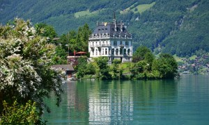 Iseltwald. svizzera location crash landing on you traveltherapists