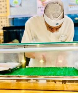 tsukiji market traveltherapists sushi
