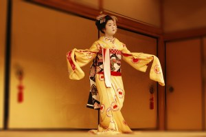 kabuki traveltherapists teatro giappone