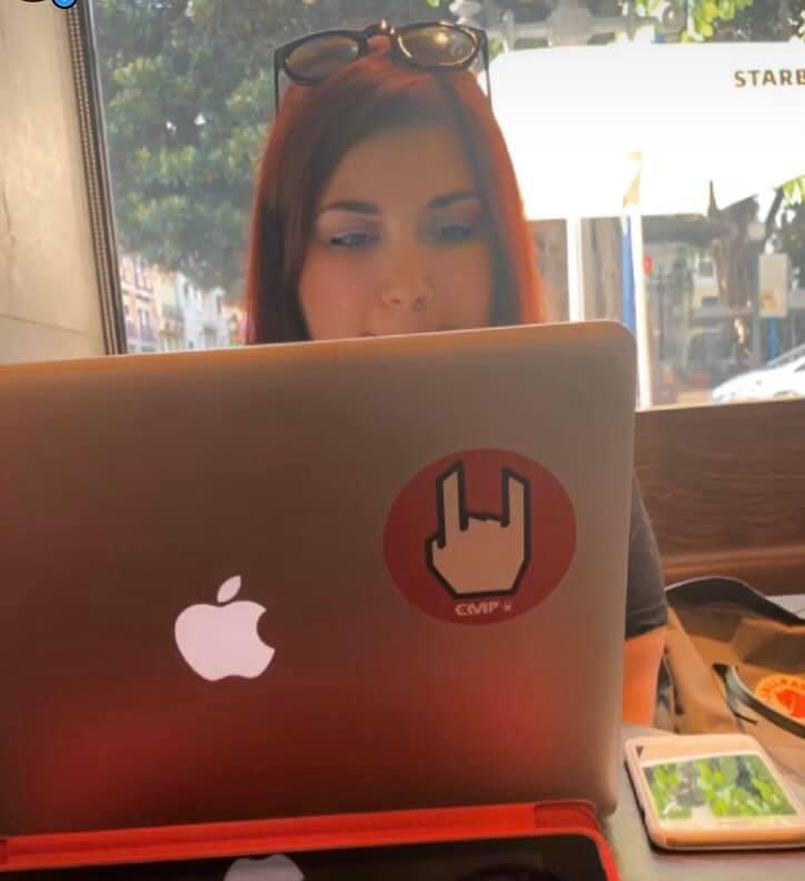 elina lavora mac nomadi digitali traveltherapists smettere procrastinare produttività