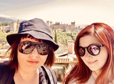 spagna elina e marzia a Granada nomadi digitali traveltherapists miglior blog di viaggio Vuoi diventare nomade digitale?