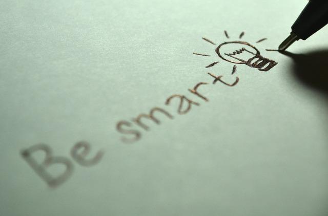 scritta in nero be smart traveltherapists