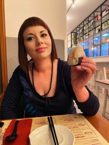marzia onigiri 2 elina ramen bar akira ramen deluxe Akira Ramen Bar Roma il mio viaggio in giappone traveltherapists