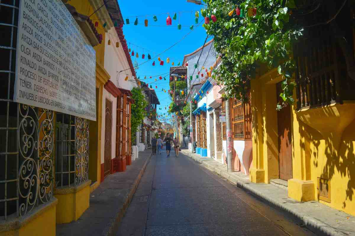 Cartagena, Colombia 12km Walking Guide