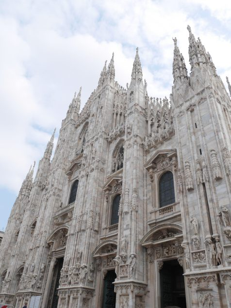 El duomo Milan italie italy citytrip europe blog voyage travel traveltothemoonandback travel to the moon and back