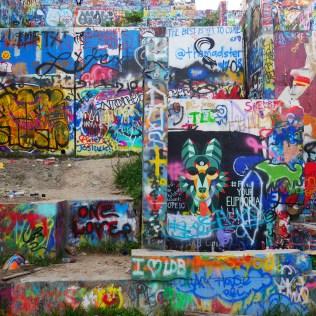 Texas Austin Graffiti park usa travel blog voyage blogger états-unis amérique traveltotthemoonandback travel to the moon and back blog