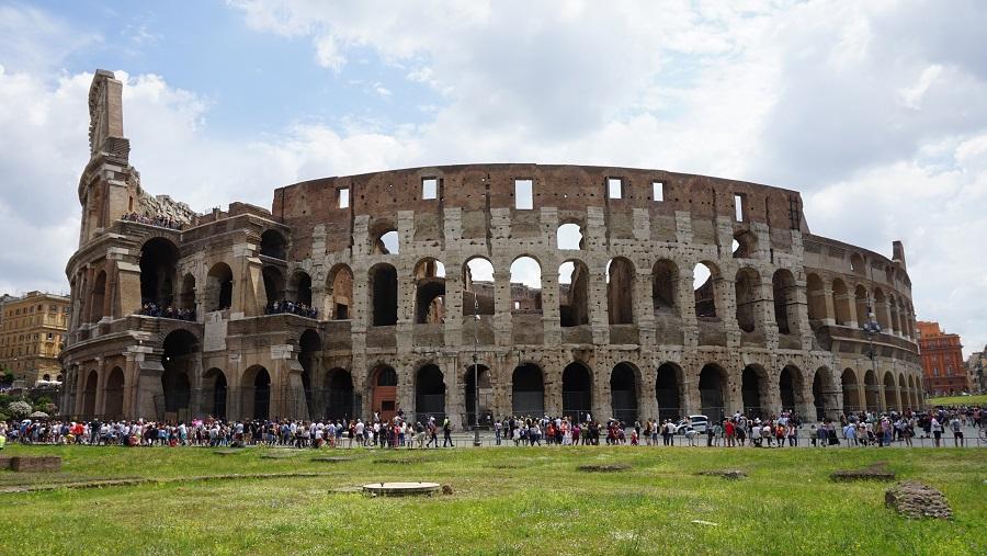 4 Colosseum