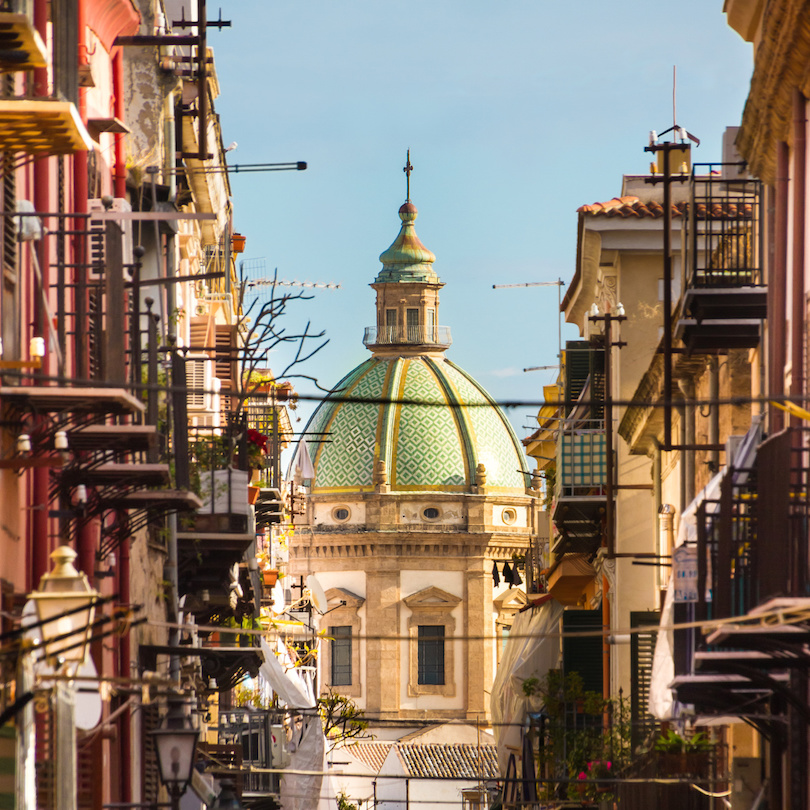 Traditional Italian medieval narrov street in Palermo