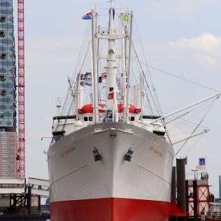 Ship Hamburg